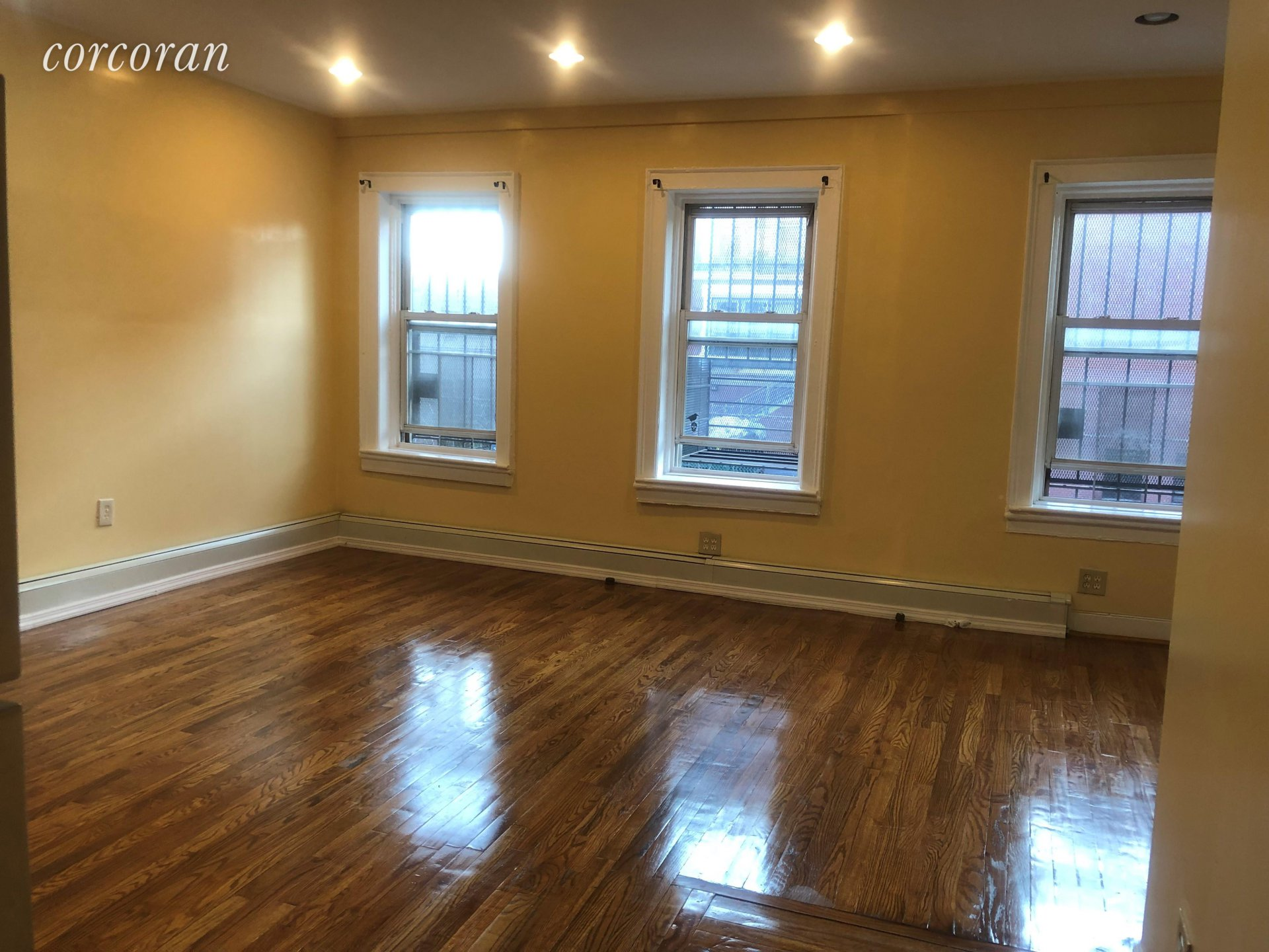 Ad Rental Apartment Brooklyn (11216) ref:5825652
