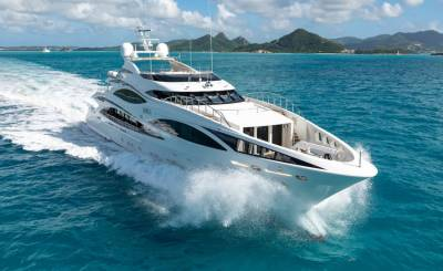 Rental Motor Yacht Barcelona