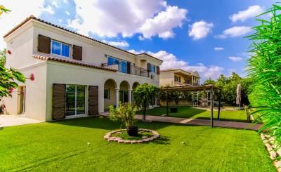 Rental Villa Dubai Investment Park (DIP)