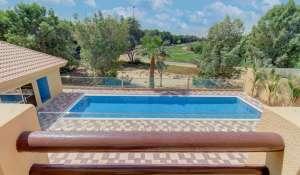 Rental Villa The Lakes