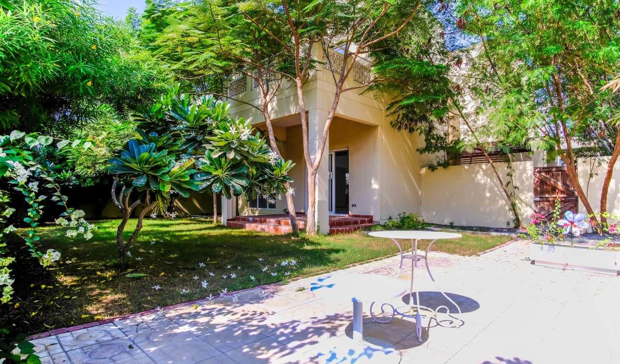Rental Villa The Meadows