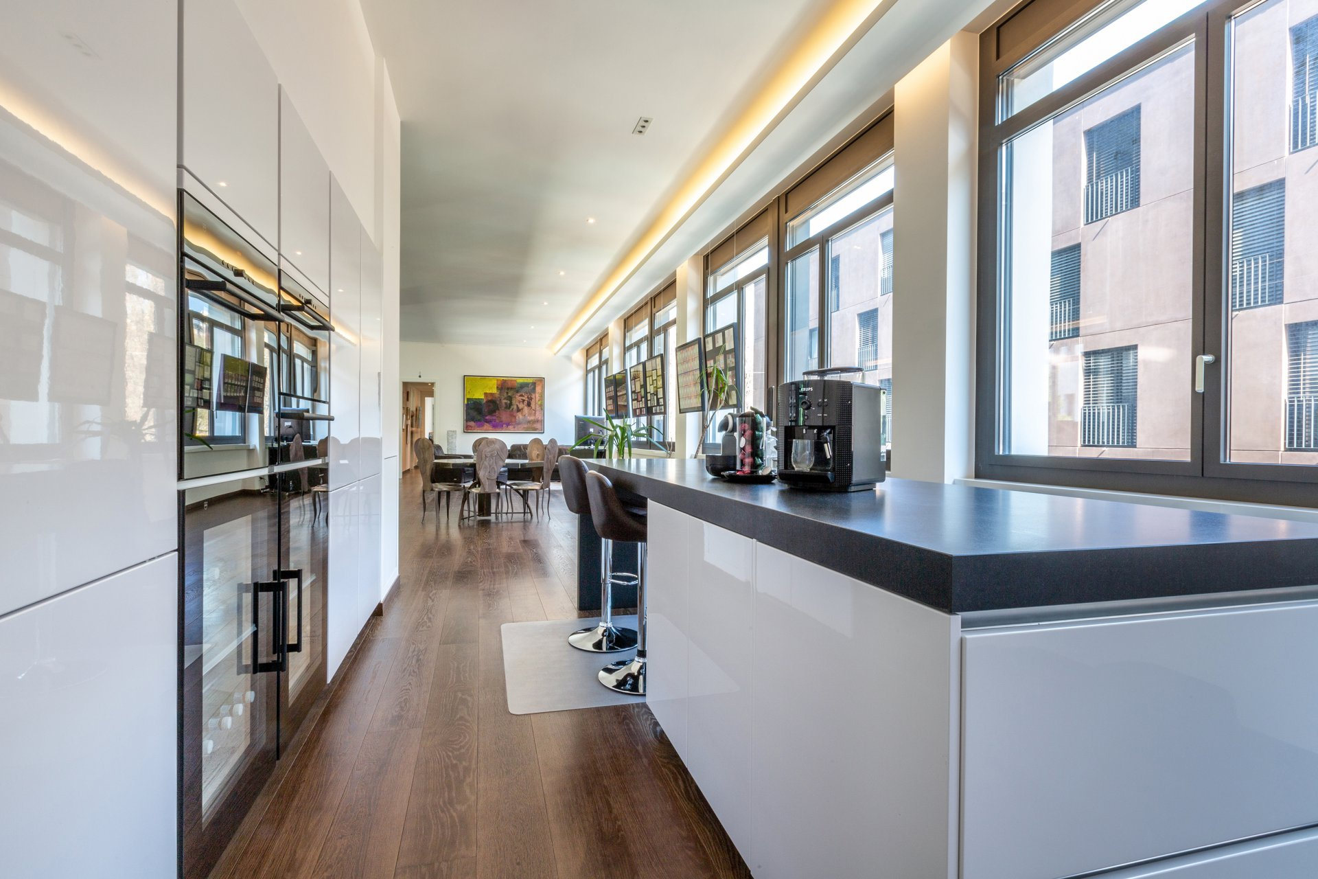 Ad Sale Apartment Genève (1205), 8 Rooms ref:V0790GE