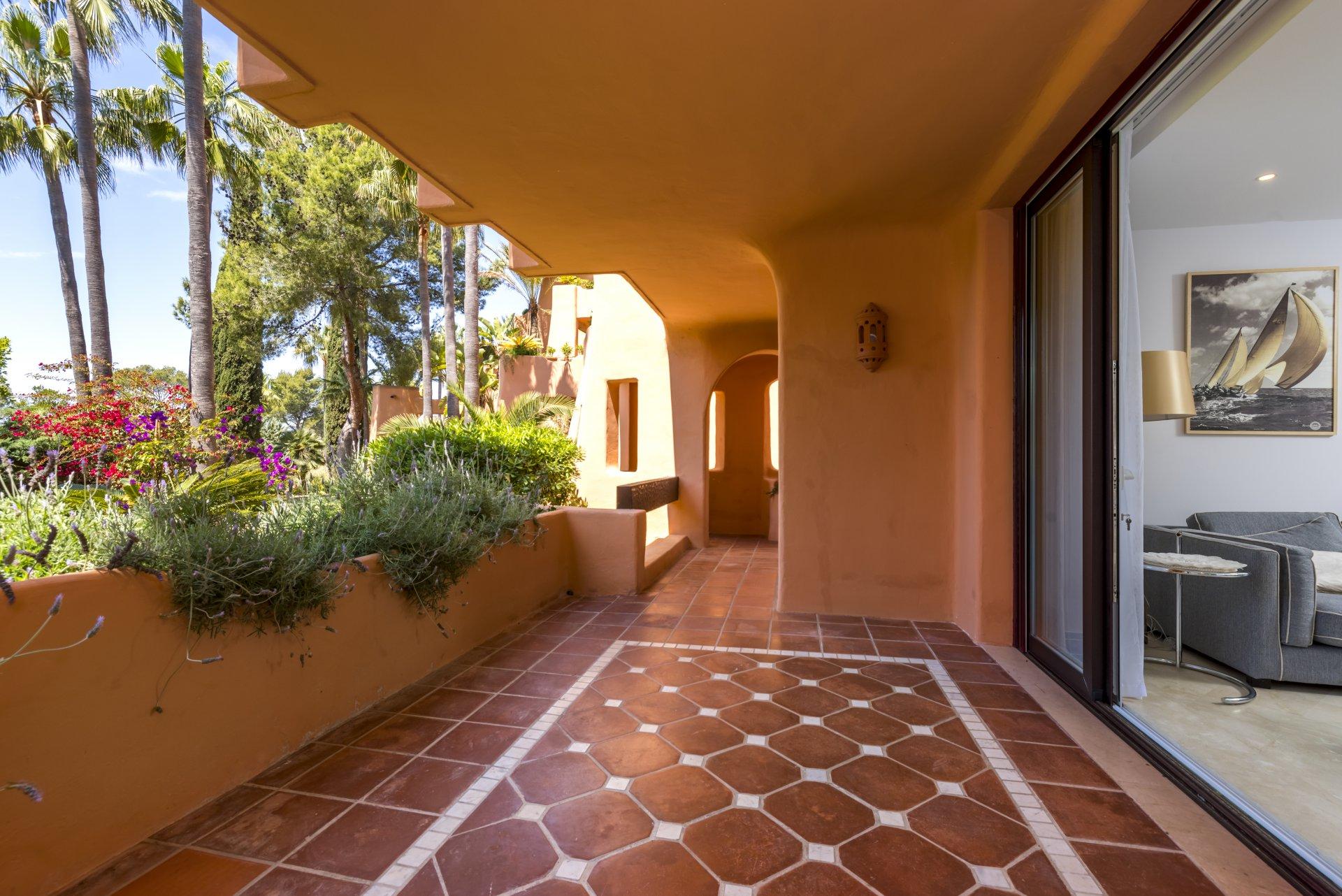 Ad Sale Apartment Santa Ponsa (07180) ref:V0300SP