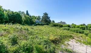 Sale Building land Cologny