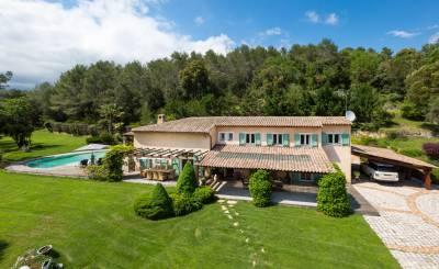 Sale House Valbonne