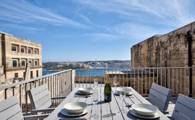 Sale House Valletta