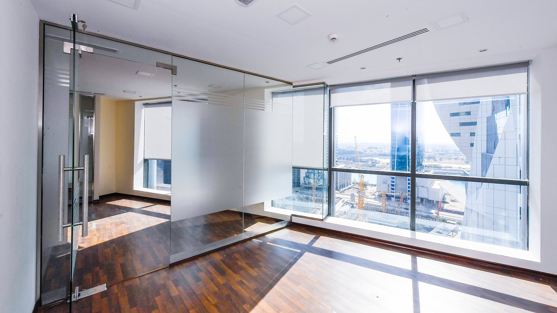 Ad Sale Office Business Bay The Regal Tower ref:V0237DU