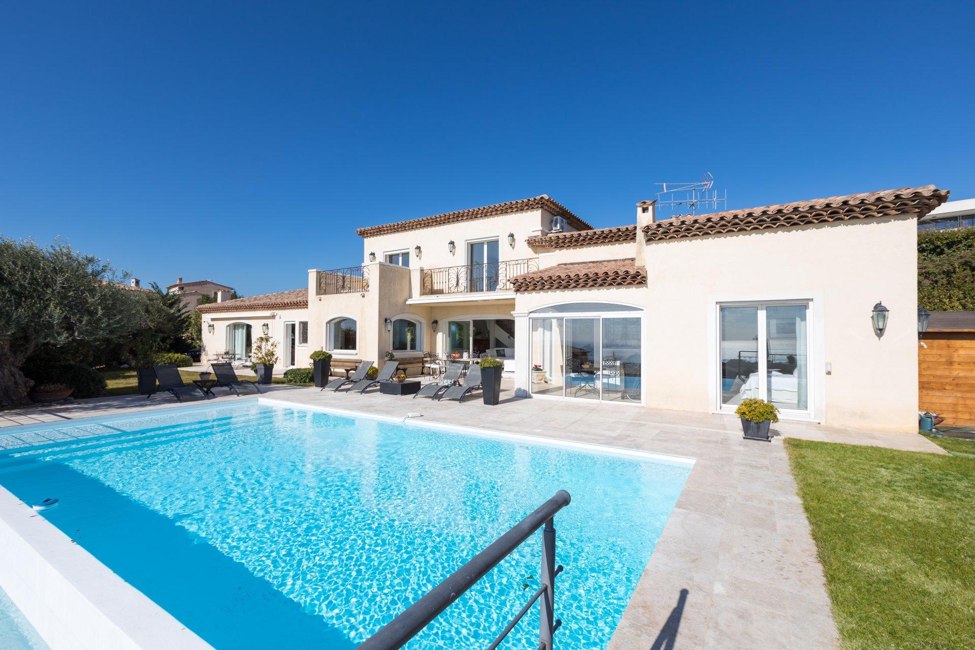 Ad Sale Property Cagnes-sur-Mer (06800), 9 Rooms ref:V2165CO
