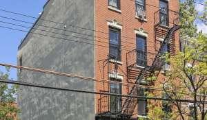 Sale Townhouse Brooklyn