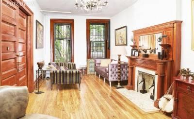 Sale Townhouse New York