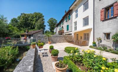 Sale Village house Troinex