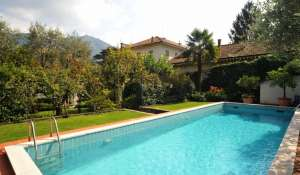 Seasonal rental Apartment villa Como