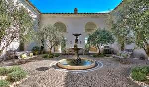 Seasonal rental House Valbonne