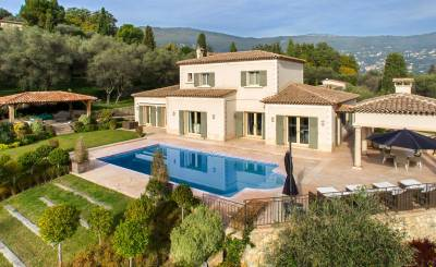 Seasonal rental House Valbonne
