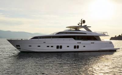 Seasonal rental Motor Yacht Athens