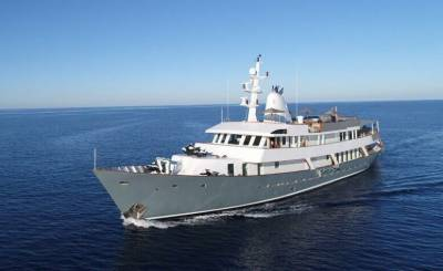 Seasonal rental Motor Yacht Barcelona