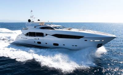 Seasonal rental Motor Yacht Cannes