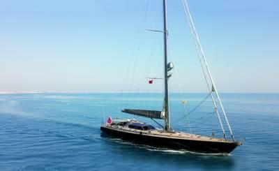 Seasonal rental Sailing Yacht Saint-Tropez