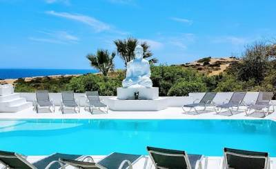 Seasonal rental Villa Cap Martinet