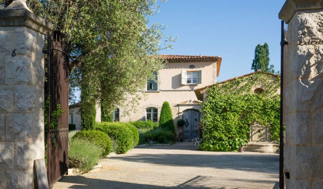 Seasonal rental Villa Opio