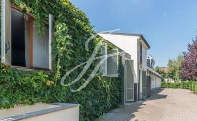 Sale Apartment villa Milano